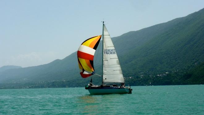 Sailing France Lake