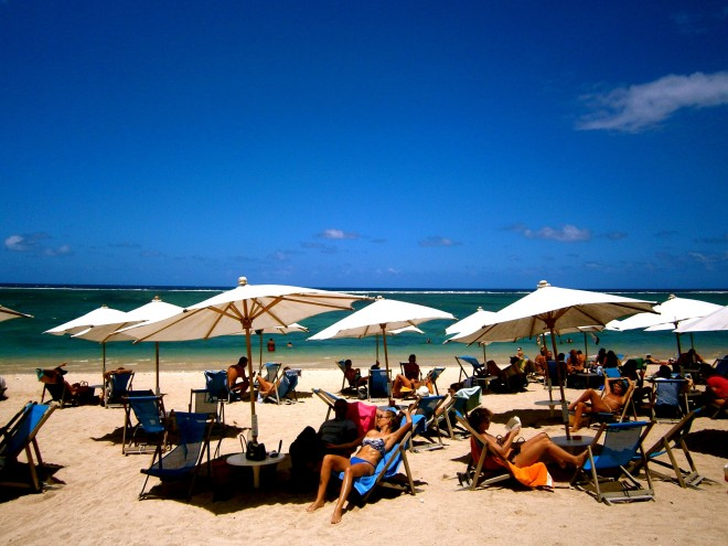 reunion beach bathing suits umbrellas