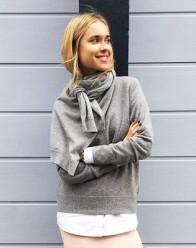 LookDePernilleSideSweater